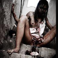 【女 死体】変態諸君!今から貼ってく血まみれ女子の写真で一回でも抜けたら変態確定だ!! ※エログロ画像