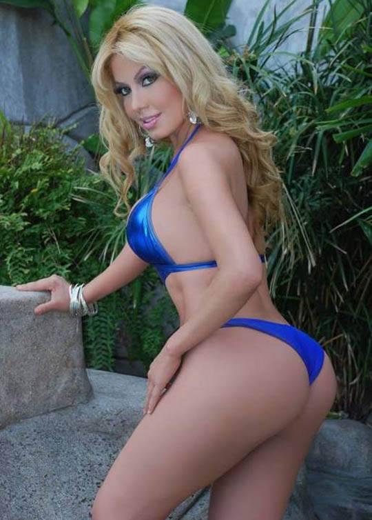 【閲覧注意】南米で大人気美人歌手の事故死体写真、遺体安置所から股間丸出し死体をリークされる・・・ ※グロ画像