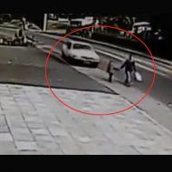 【衝撃映像】飲酒運転した車が母娘を轢き殺す瞬間 一瞬で人の人生終わらせるって簡単なことなんやね・・・ ※事故動画