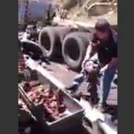 【グロ動画】「ほぉ…!はっはぁ!見ろぉ!!人がゴミのようだ!!!」 本当にバラバラのゴミになった人達をご覧ください・・・ ※閲覧注意