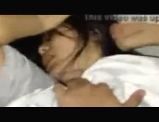 【本物レイプ】日本人のJKが本気でレイプされて処女喪失してる映像が怖過ぎる マンコから血出てるし叫んでるしこれガチだわ・・・ ※無修正エロ動画