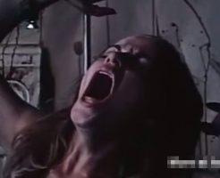 【土曜グロ劇場】女の子がもがき苦しんで殺されてる映像や脳みそチュウチュウされて惨殺される瞬間をとかまとめて見たよ! ※グロ動画