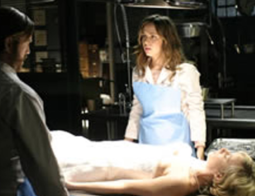 【女の子 解剖】18歳女子の綺麗な検体手に入ったから解剖するついでに大人の身体計測してやったw ※エログロ動画