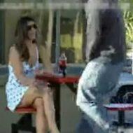 【衝撃映像】通り過ぎたエロそうな女の子にワイの精子をぶっかけたったw ザーメンパックしたったのにめっちゃ切れててワロタwww ※海外ドッキリ