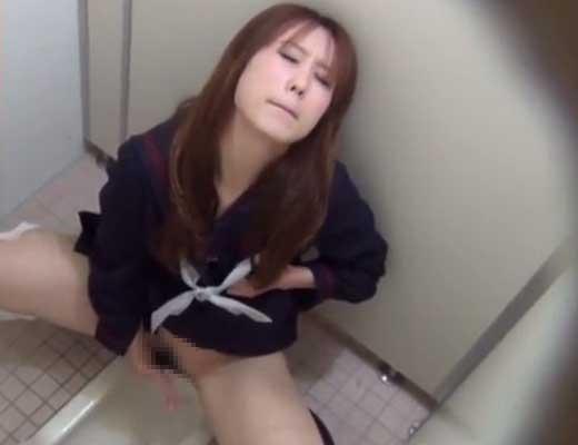 【本物盗撮】某大手塾の女子トイレに隠しカメラをしかけた結果 JKが大胆不敵にイキまくってたンゴwww ※無修正エロ動画