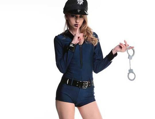 【女の子 警察】マンコポリスさんの刺激が強すぎて犯人が死亡してしまう一部始終映像 尚テイザー銃w ※衝撃映像