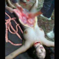 【女 死体】全裸の女の子さんが山の中で殺されてから解体されていってるんだが・・・ ※エログロ画像