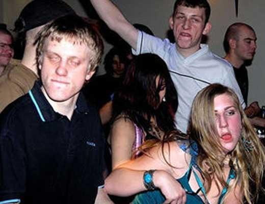 【違法薬物】麻薬カルテルの本場メキシコでやってたパーティに参加してみた結果→みんなハイになってやがるwww ※衝撃映像