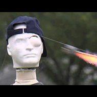 【胸糞注意】バカ学生「お前花火の的になってやw」結果→ロケット花火シュババババ 眼球バーン ぎゃぁあああ 血ダラダラ ※グロ動画