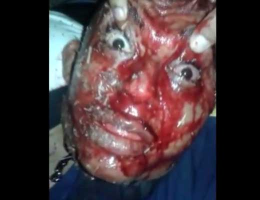 【死体 解体】斬首したばかりの生首の目を開かせ目が死んでないかどうか確認するのがカルテル流w ※グロ動画