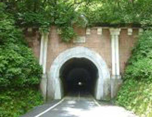 旧笹子トンネル風景写真