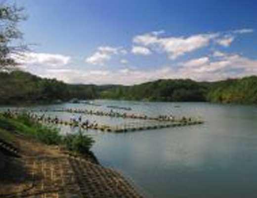 宮沢湖風景写真