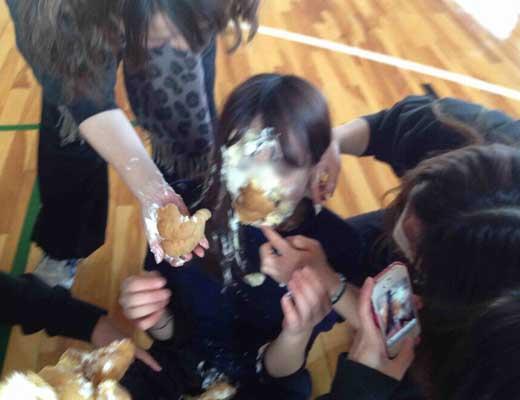【強姦事件】旭川女子中学生集団暴行レイプ事件の闇深さは異常過ぎw3年間中出しされるとか地獄過ぎんよ・・・ ※画像あり