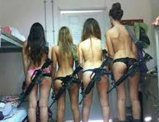 【性処理】戦場の女兵士のもう一つの仕事がこちらw 結局男達の性欲処理係なんですね?わかりますwww ※エロ画像