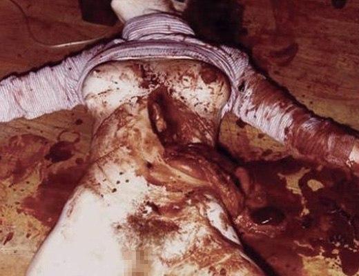 【閲覧注意】妊婦を射殺、腹を切り裂いて血をすすって飲むとかサイコパス過ぎんだろ…