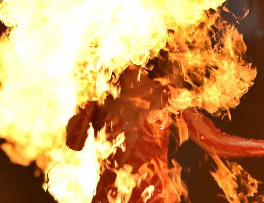 【女 グロ】強姦魔に犯された揚句マンコ燃やされて殺される女の子とか誰得? ※エログロ動画