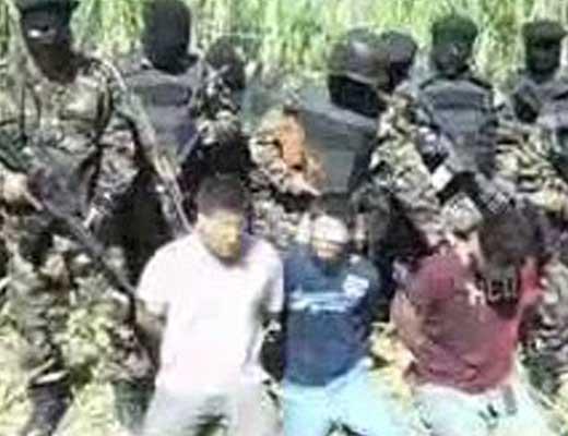 【処刑映像】男性3人の泣き叫びながら首切られている様子がトラウマ注意 ※グロ動画