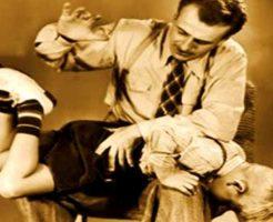 【衝撃映像】日本で体罰は悪じゃあ海外は?→校長「はぁ?体罰??知るかバカヤロー」 ドゴッ ドスッ ボスッ ※校内暴力
