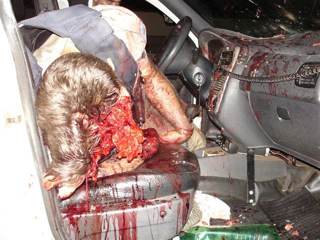 【死体】メキシコの警察さん カルテルさんの装備が強すぎて脳みそアボーンで無事死亡w ※グロ画像