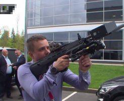 【衝撃映像】世界で一番人を殺した武器を作った会社 カラシニコフが制作した新兵器がコレ