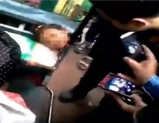 【グロ動画】事故で首ポロしてるJCさんを野次馬達が撮影してるとかwこいつら民度低すぎるやろwww ※少女 死体