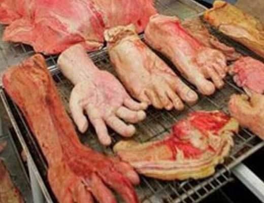 【グロ画像】死体を食べるお葬式とかカニバリズム過ぎんよ・・・ タイの食葬現場に密着してみた ※グロマップ