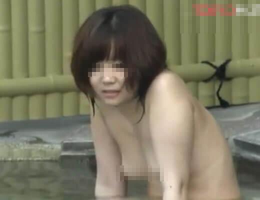 【盗撮動画】森ガールなJDさんが露天風呂で全裸を隠し撮りされた挙句ネット流出させられて無事死亡になった証拠映像w