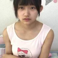 【朗報】JC少女さん とんでもない格好で生配信し性的オカズを提供するハプニングwww