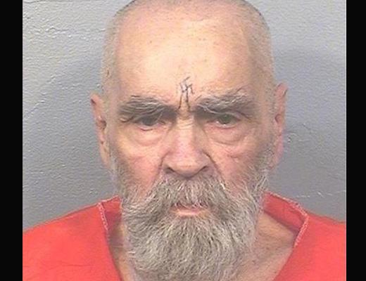 【グロ画像】悪は死んだ カルト教団指導者チャールズ・マンソンが起こした殺人現場の写真がコレ・・・