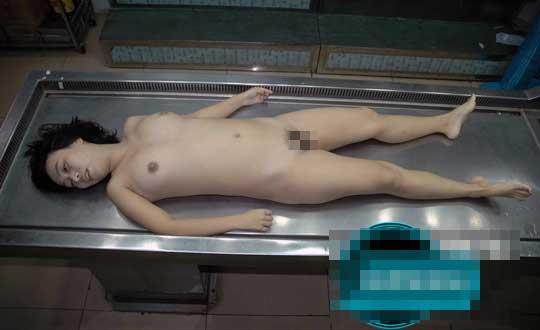 少女全裸死体グロ画像