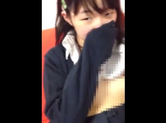 【JCロリ動画】制服姿のしょびっち少女さんを女にするべく部屋に連れ込んでハメ撮りしたったwww ※エロ
