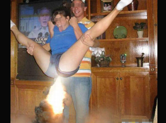 【朗報】俺氏、踊ってる女の子のケツに火をつけると生マンコ拝めることが判明www