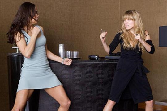 【女性喧嘩】女だらけの喧嘩大会!童貞は見ないほうがいい・・・