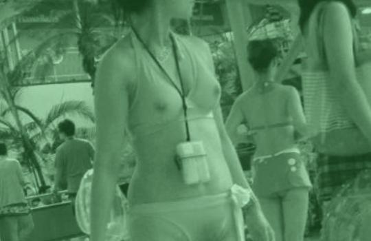 【エロ画像】赤外線盗撮の威力がヤバイwオッパイやオマンコが透け透けwwww