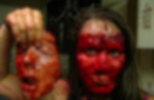 【閲覧注意】事故で顔面がベロンと剥がれる・・・(動画)