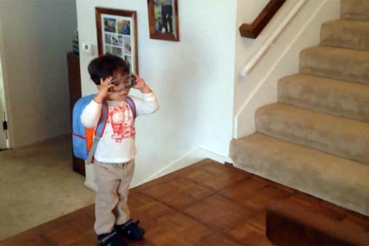 【おもしろ】この子供の通学方法すっげぇwww帰りはたぶん飛行機w