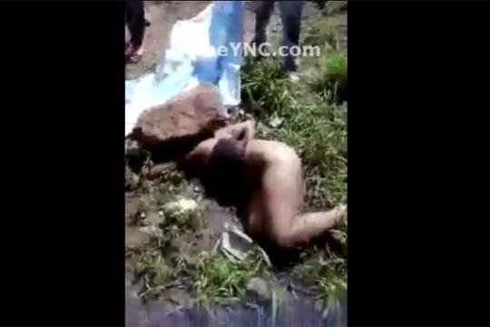【閲覧注意】岩で顔面を押し潰され惨殺された女性・・・