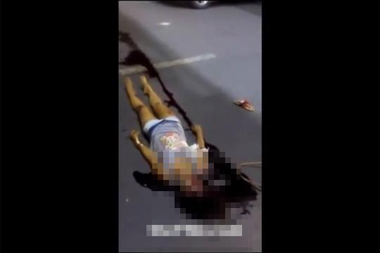 【閲覧注意】ショートパンツの美少女が車に轢かれて即死・・・
