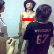 【裸いじめ】可愛い子が全裸でビンタされる強烈ないじめ・・・ ※無修正エログロ動画