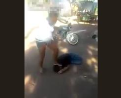 【痴話喧嘩】ブラジルの女強すぎw痴話喧嘩で男をフルボッコw