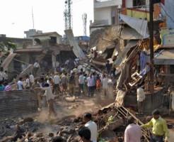 【閲覧注意】インド90人死亡の爆発現場が悲惨な状態・・・