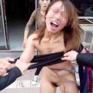 【エログロ】美女同士のガチ喧嘩が全裸になるまで終わらない件 ※動画有り