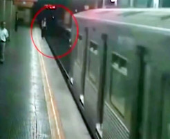 【グロ動画集】駅のホームから飛び込む自殺映像をまとめてみた・・・