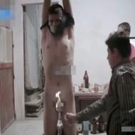 【レ○プ復讐】少女をレ○プした犯人を宙吊りにしてチ○ポを燃やすヤバイ映像・・・