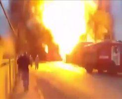 【悲報】ワイ将、火事現場で野次馬するも大爆発して大火傷する・・・ ※映像