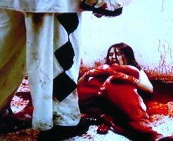 【グロ動画】中国人の男がキレて女性の腹から腸を引きずり出す・・・