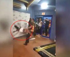 【衝撃映像】テンション上がり過ぎたダンサーの悪乗りダンスがもうレイプレベルと話題にwwwww