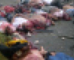 【グロ画像】トラックとバスが事故して21人死んだ現場に肉片しか落ちていない件