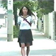 【無修正 JK】昭和くさいセーラー服女子校生をレイプ!あれ?この女見覚えが…