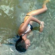 【10代の体】水着姿のJCJK姉妹の綺麗な水死体で抜ける奴はちょっとこいw